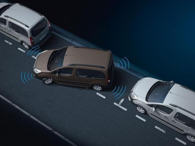 /image/26/2/pc7-peugeot-partner-kastenwagen-technologie-sicherheit-einparkhilfe.321262.jpg