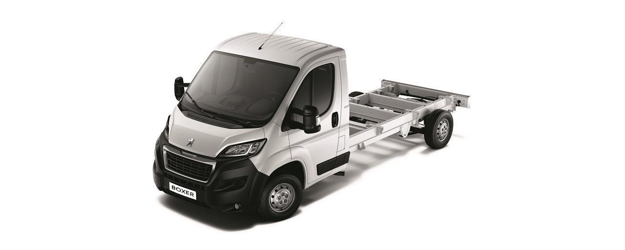 Kastenwagen-PEUGEOT-Boxer-Fahrgestell