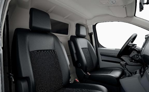 PEUGEOT-Expert-Fahrerraum